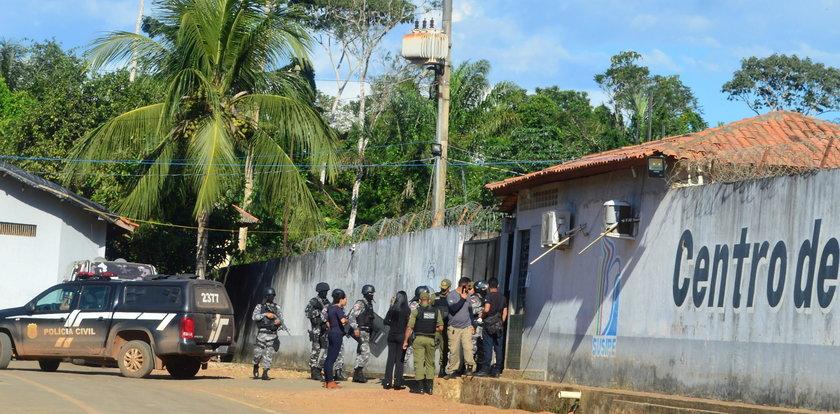 16 więźniom obcięto głowy. Kolejnych 42 się udusiło