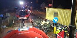 Makabryczny wypadek pod Radomiem. Z auta zostały strzępy