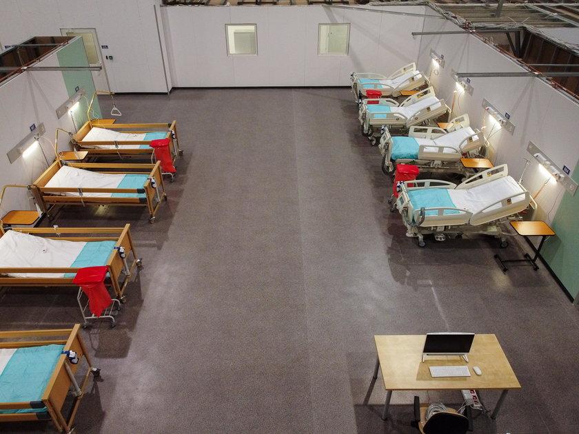 Szpital tymczasowy gotowy na przyjęcie pacjentów