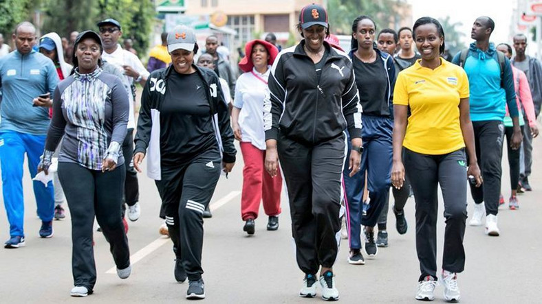 First Lady Mrs Jeannette Kagame flanked by Marie-Chantal Rwakazina, Kigali City Mayor taking part in the Car Free Day. (The New Times)