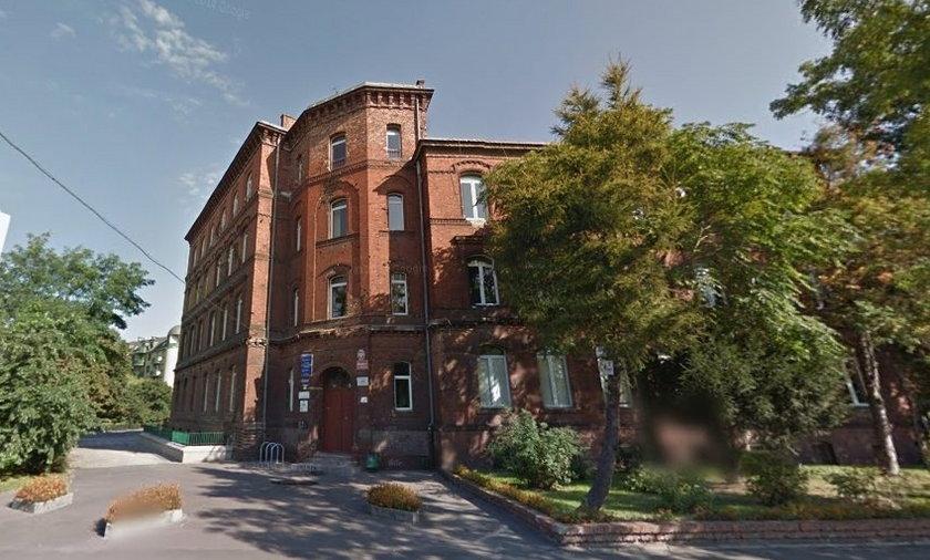 Bomba w gimnazjum nr 17 przy Ślężnej
