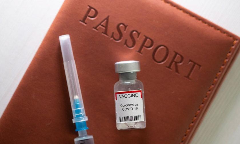 PE poparł tzw. paszporty szczepionkowe