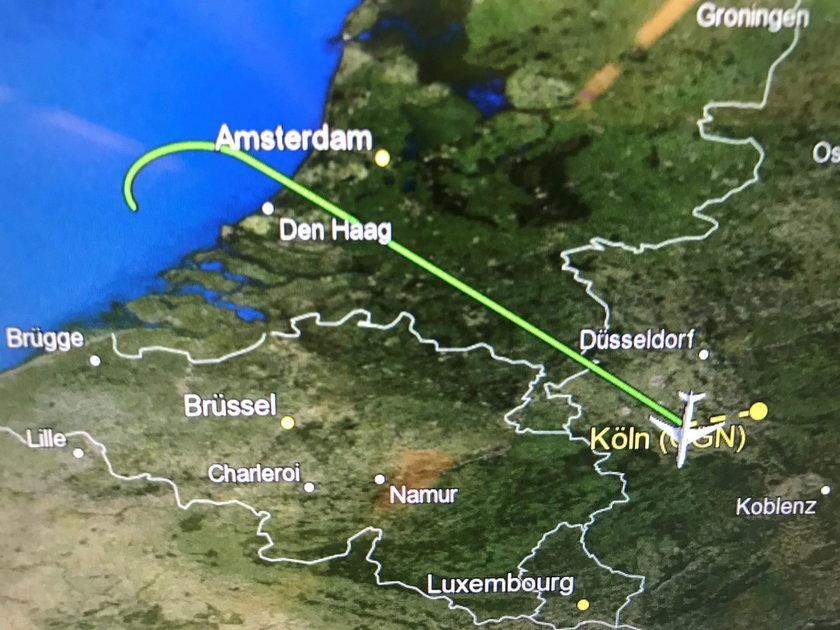 Samolot z Merkel na pokładzie zawrócił nad Holandią