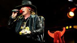 Guns N' Roses wspominają Chrisa Cornella