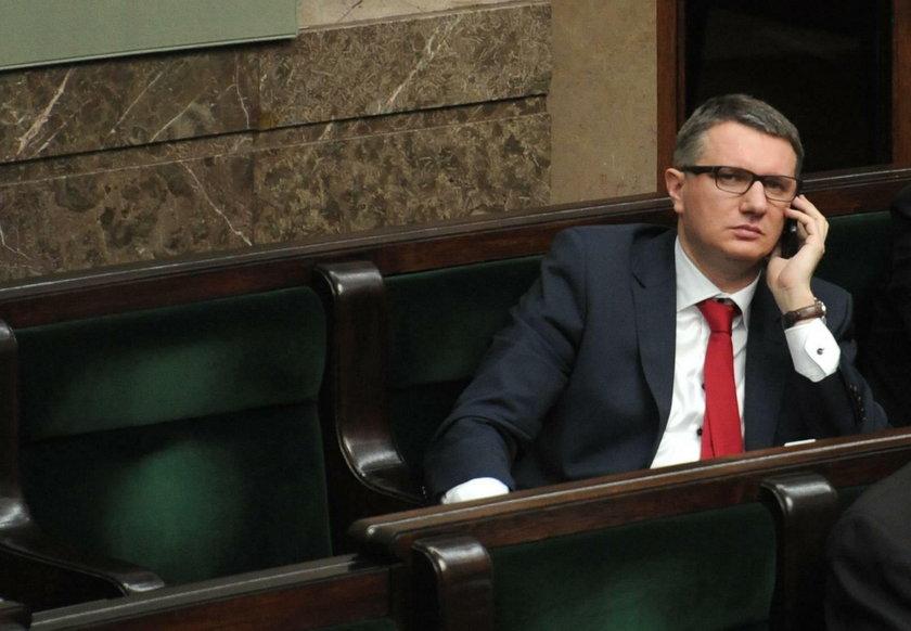 Posłanka PO Krajewska z zarzutami, a śledztwo Wiplera w lesie