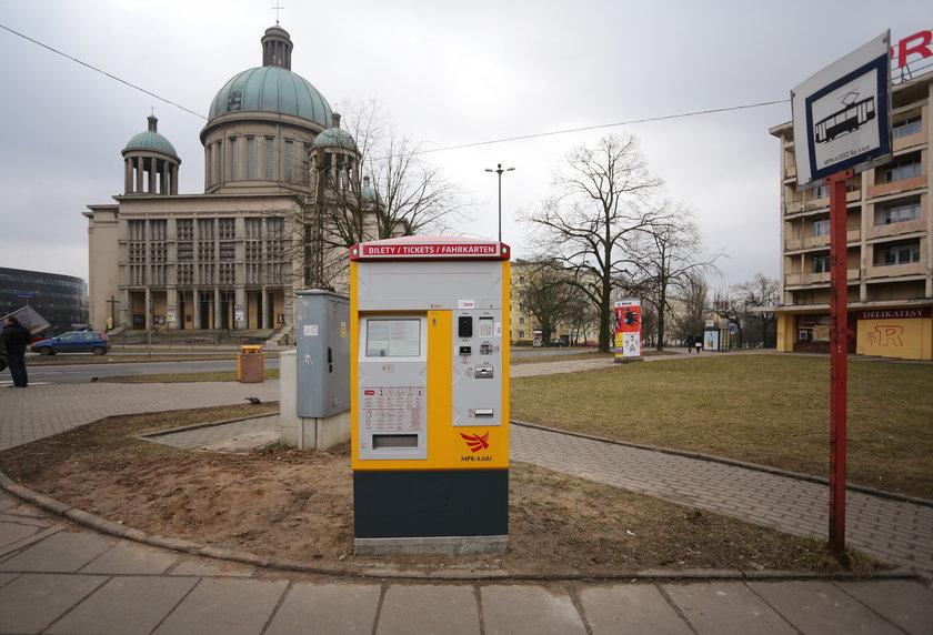 biletomat przy ul. Pomorskiej w Łodzi