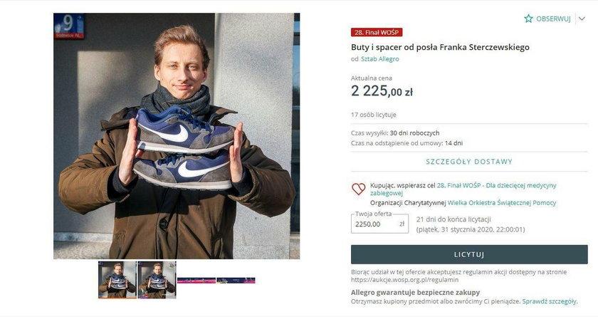 Poseł Franciszek Sterczewski z KO wystawił buty...