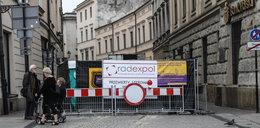 Kraków. MPEC wierci pod Sukiennicami