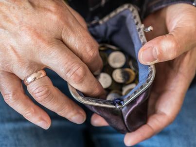 Dwa rozbiory OFE dokonane przez rząd Donalda Tuska i wreszcie ostateczna likwidacja otwartych funduszy przez Mateusza Morawieckiego oznacza, że od 2020 roku zakończy się burzliwa historia reformy emerytalnej z 1999 roku, a zacznie kolejna pisana przez rząd PiS.
