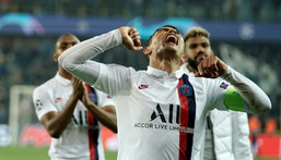 Former PNG defender Thiago Silva's Paris home was burgled while he was playing a match Creator: Kenzo TRIBOUILLARD