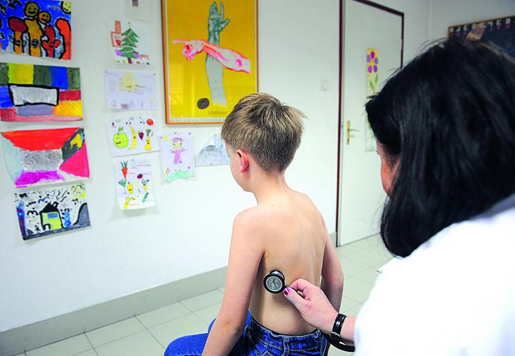 pedijatar dete lekar pregled 01_RAS_foto aleksandar dimitrijevic