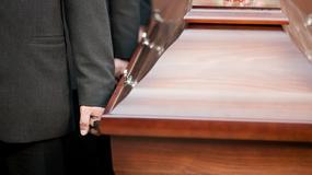 Psy na pogrzebie - niezwykła scena