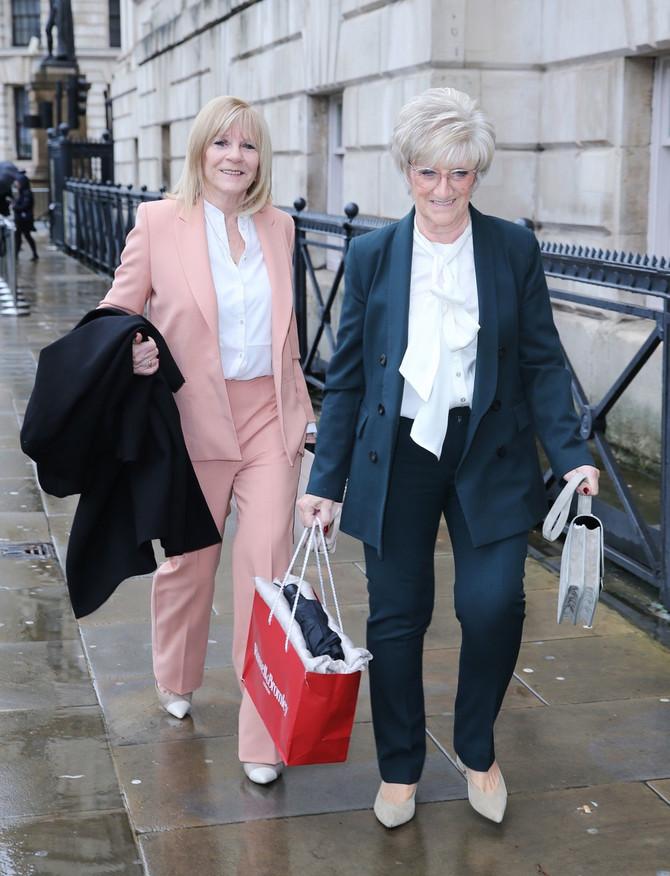 Viktorijina i Dejvidova majka danas u Londonu