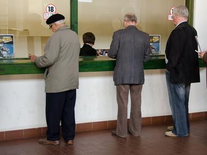 Wielu emerytów dostaje bardzo niskie świadczenia