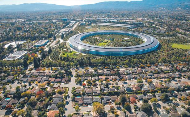 Siedziba korporacyjna Apple Park w sercu Doliny Krzemowej w kalifornijskim Cupertino