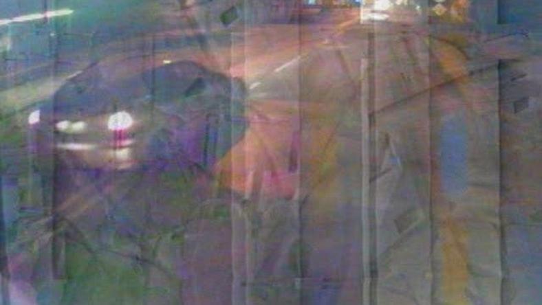 Zdjęcia z monitoringu: auto, które prawdopodobnie uczestniczyło w śmiertelnym wypadku z 3 marca