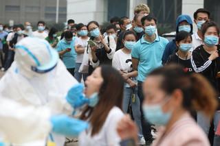 CNN: W pierwszych tygodniach w Chinach zbagatelizowano koronawirusa