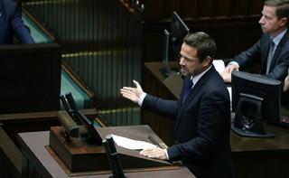 Trzaskowski proponuje połączenie wyborów samorządowych z referendum ws. pomników smoleńskich