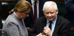 To dlatego Kaczyński nie odebrał awizo? Mazurek tłumaczy