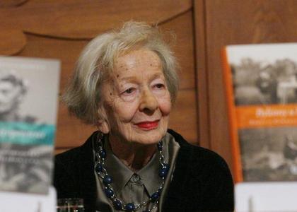 Wystarczy Ostatni Tom Wierszy Szymborskiej W Kwietniu