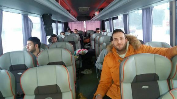 Košarkaši Karpoša u autobusu