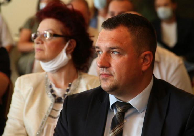 miloš-lučić dns-ministar