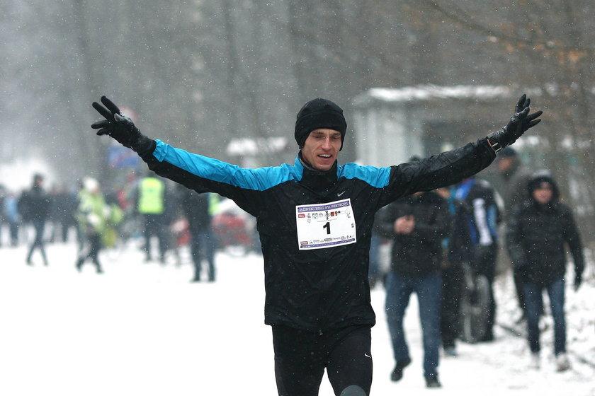Dramat polskiego biegacza. Wypadł z 5. piętra na zgrupowaniu