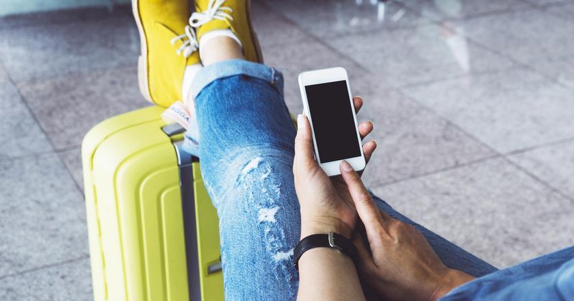 Turyści z iPhone'ami kupują droższe bilety lotnicze. Mają jednak ten sam wymarzony kierunek, co posiadacze smartfonów z Androidem