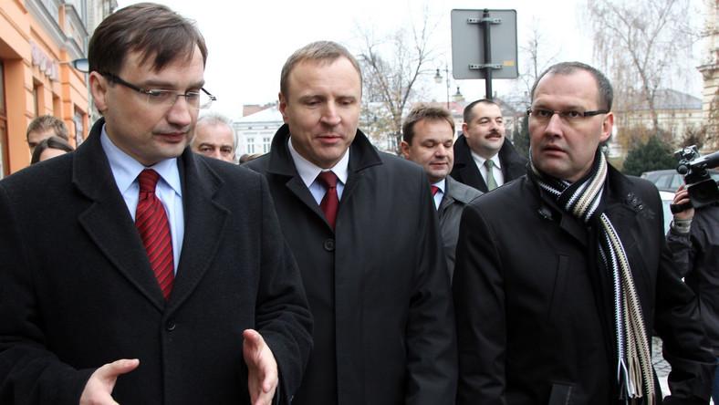 Odeszli z PiS przed wyborami. Wyciągają rękę do Ziobry