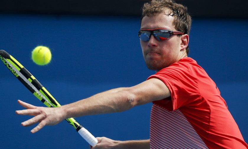 Jerzy Janowicz zbombardowany asami. Odpadł w I rundzie Australian Open