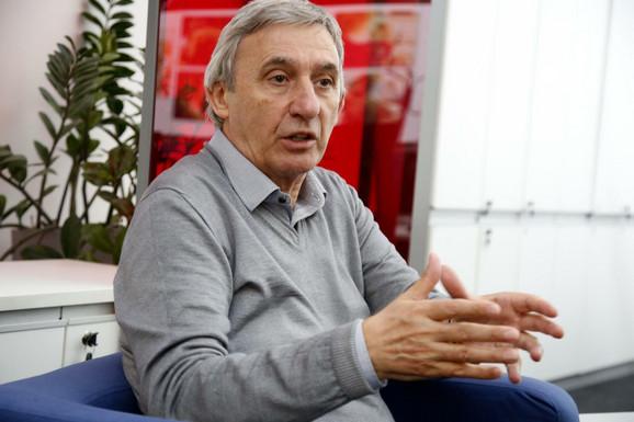 Svetislav Pešić tokom jedne od poseta redakciji