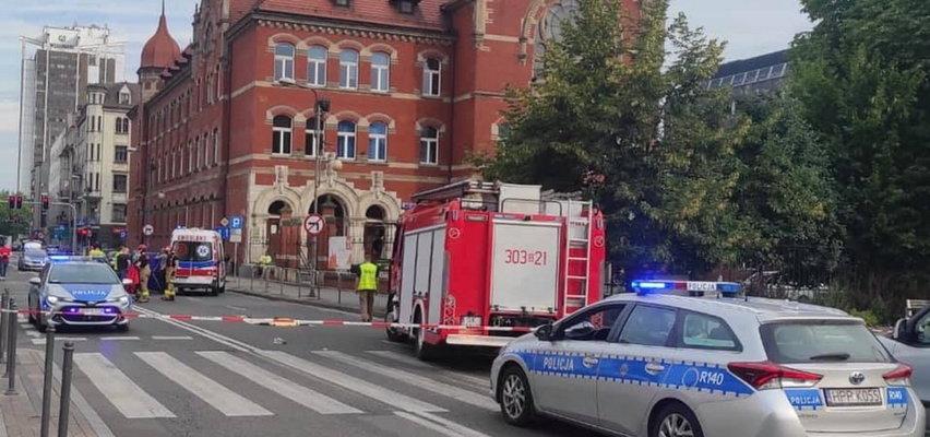 Makabryczne nagranie z Katowic. Młoda kobieta zginęła pod kołami autobusu.