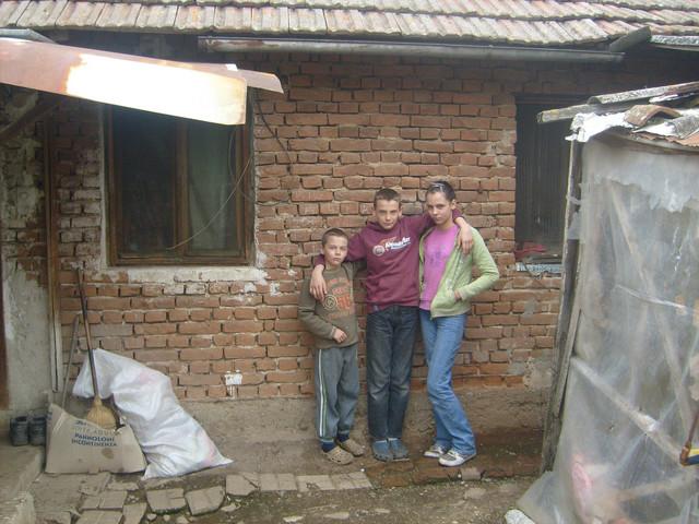 Ej živote: Jovan, Veljko i Kristina