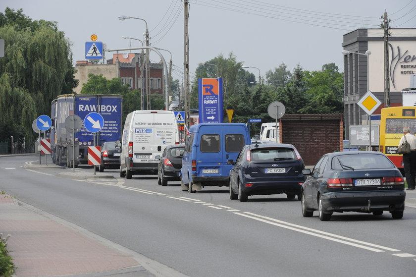 Korek na rogatkach Wrocławia