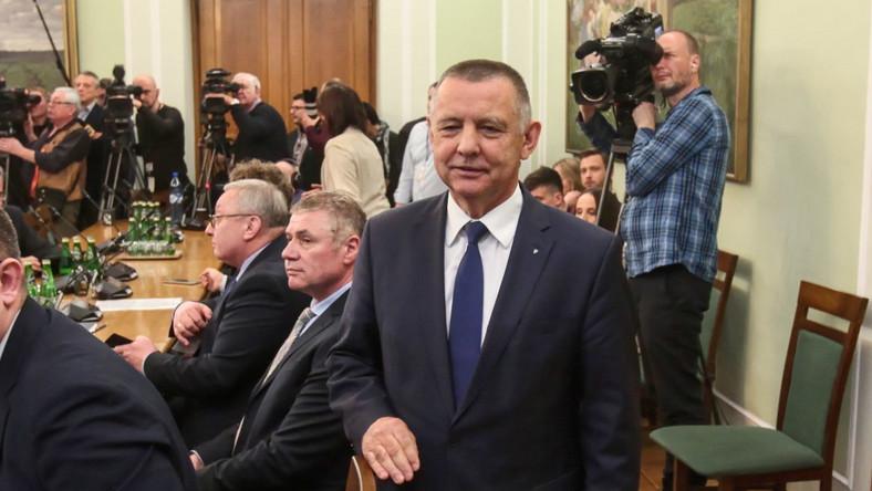 Prezes Najwyższej Izby Kontroli Marian Banaś przed posiedzeniem Sejmowej Komisji ds. Kontroli Państwowej