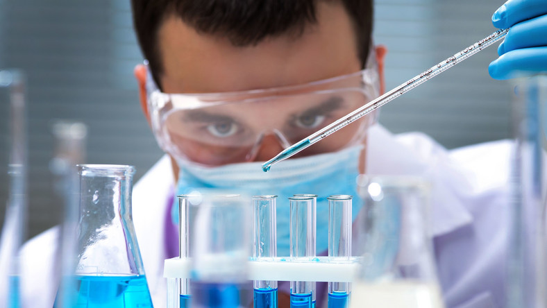 Przeciwko wielu groźnym bakteriom i wirusom nadal nie opracowano skutecznych szczepionek. Stąd duże zagrożenie epidemiami. Zobacz, jakie choroby mogą być dla nas bardzo niebezpieczne
