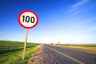 Niedługo Holendrzy pojadą z maksymalną prędkością 100 km/h? Wszystko przez dużą emisję związków azotu
