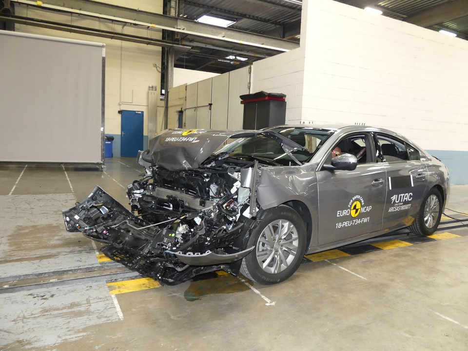 Crash-test Peugeota 508