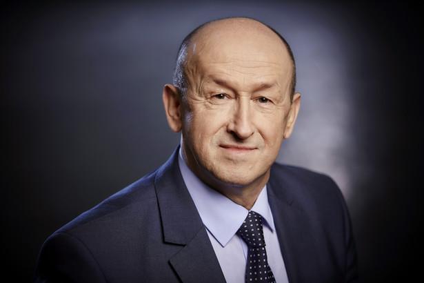 Tadeusz Matras, Kierownik Biura ds. Akredytacji w PCA.