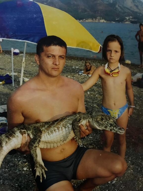 Nikoleta i njen tata kada je bila mlađa