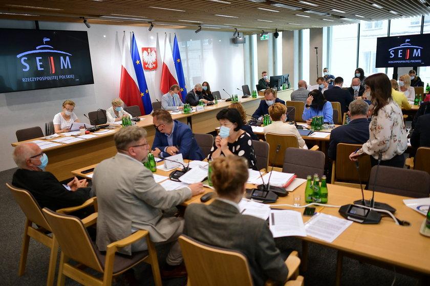 Lex TVN. Ustawa anty-TVN pod obradami komisji kultury i środków przekazu
