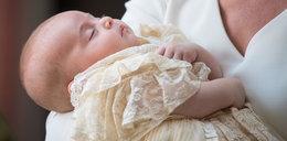 KsiążęWilliam i księżna Kate ochrzcili syna
