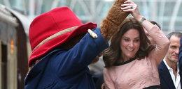 Księżna Kate wypięła brzuch. Ależ się zaokrąglił!