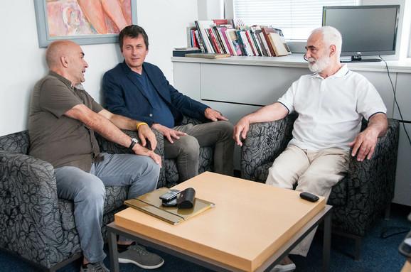 Gordan Mihić sa Markom Marinkovićem (u sredini) koji će režirati