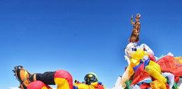 Kiedyś stanowił wyzwanie. Dziś Mount Everest to góra trupów, kolejek i złodziei