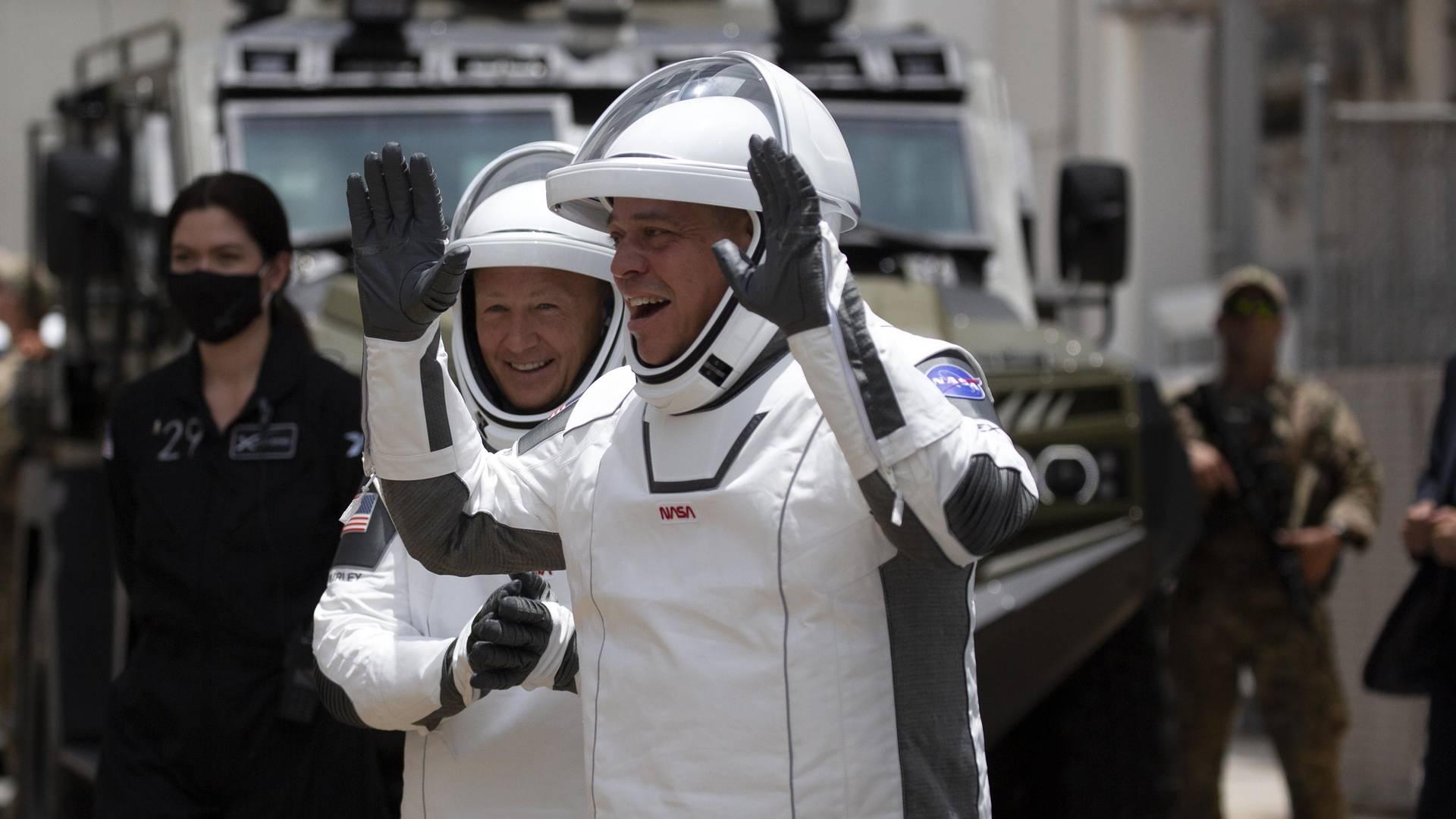 Spacex Anzüge