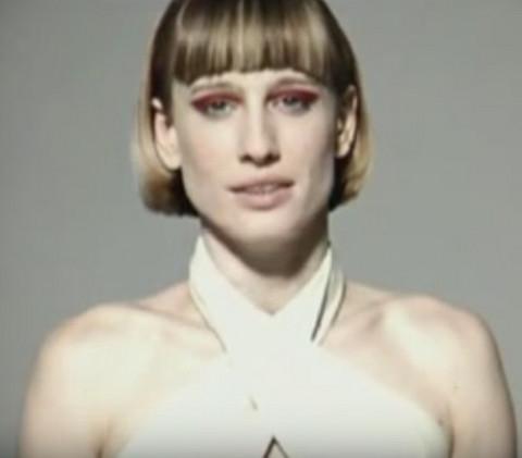 90-ih je osvojila svet, postala najuspešnija srpska manekenka, a OVAKO IZGLEDA DANAS! Video