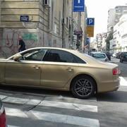 zlatni mercedes nepropisno parkiranje Dorćol