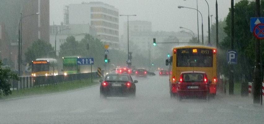 Fatalne wieści pogodowe. W środę deszcz i burze. Czy taki będzie nadchodzący weekend?