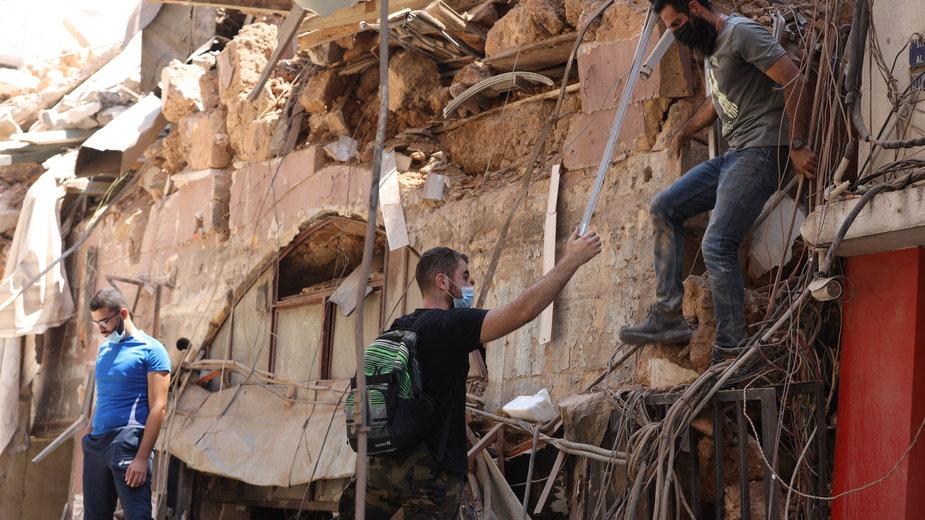 Zniszczenia po wybuchu w Bejrucie